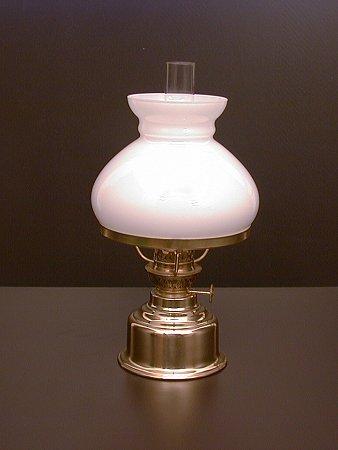 detailseite elektrische petroleumlampe messing 5. Black Bedroom Furniture Sets. Home Design Ideas