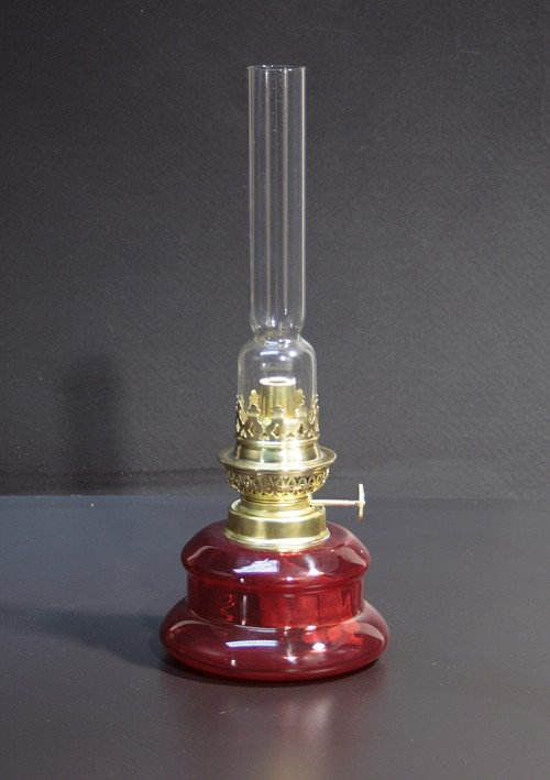 rote Tischlampe